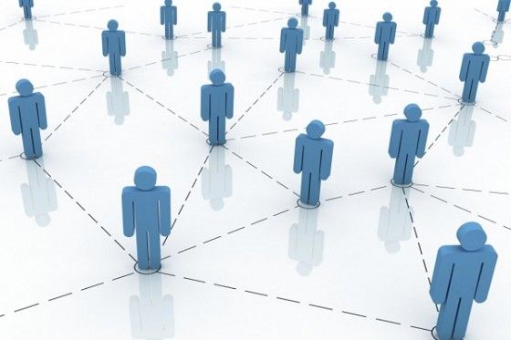 social-networking-1024x768-560x373