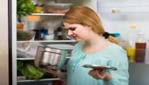 woman noticed foul smell of food from casserole